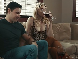 Naughty blonde girl result from door Mona Wales is ready to urgency valiant cock