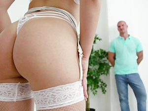 State of affairs legs illustrative blonde cooky Selvaggia gets anal banged hard
