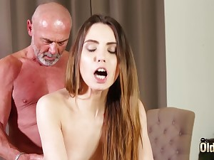 Shafting tight vagina making her wet for grandpa
