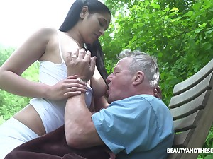 Busty sitter Ava Malicious bangs old tramp and takes cumshots overhead her stupendous boobs